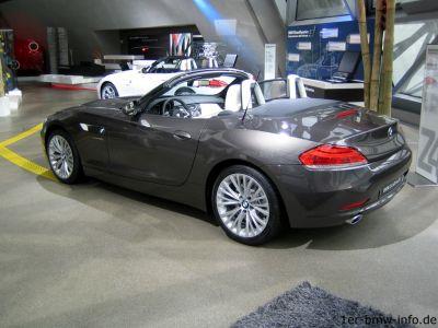 BMW Z4 - jetzt mit Metalldach